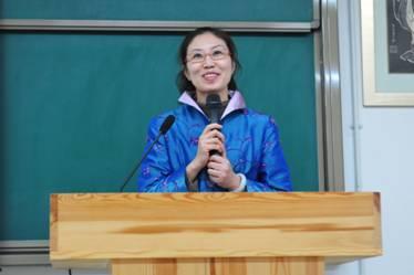秦皇岛市民族学校俞芳董事长
